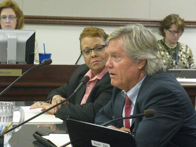 Sens. Tick Segerblom and Pat Spearman introduce SJR 13 to the Assembly Committee on Legislative Operations and Elections on Thursday night. / Photo by Natasha Vitale