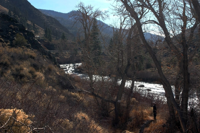 A view of the Truckee River from the Tahoe Pyramid Bikeway. / Photo by Morgan Adamski
